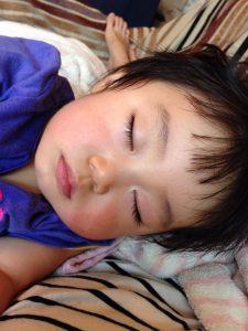 川西子供寝顔